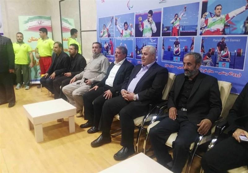 محسن هاشمی: از هیچ کمکی به ورزشکاران جانباز و معلول دریغ نمی کنیم