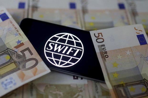 قطع شبکه سوئیفت برخی بانکها از فردا، دستور جدید به واحدهای ارزی