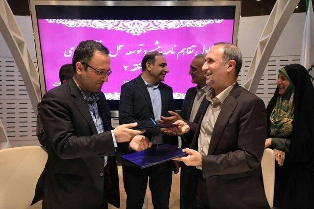 عیدی منطقه دو تهران به شهروندان ، خرید یک رام قطار و 20 دستگاه اتوبوس
