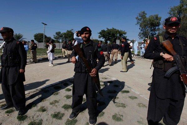 حمله طالبان به ایست بازرسی در پاکستان با 2 کشته و چندین زخمی