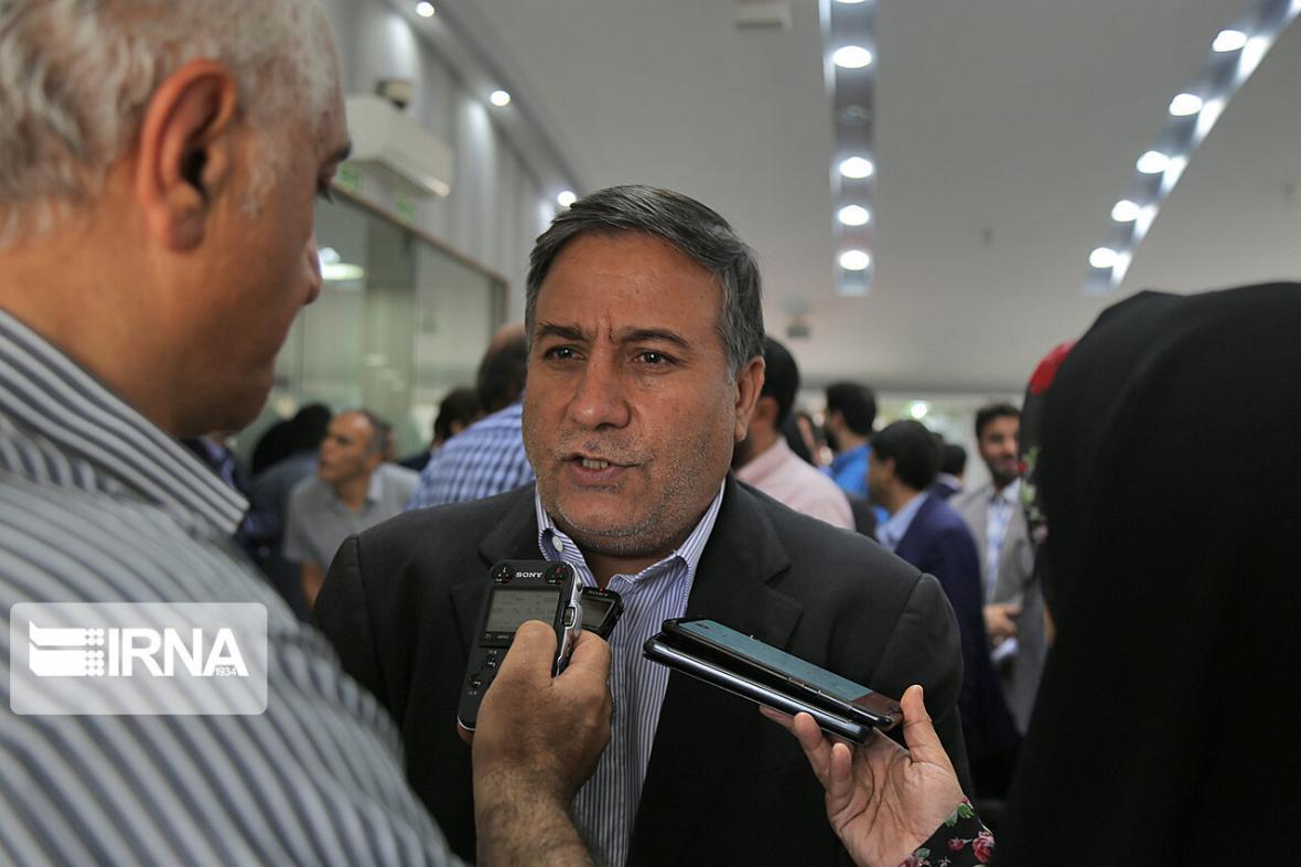 خبرنگاران طرح توسعه مجلس بدون رعایت حقوق عمومی شهر انجام می گردد